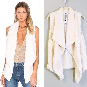 NEW Jack by BB Dakota Cordova Ivory Faux Fur Vest